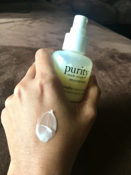 Philosophy Purity Made Simple Ultra-Light Moisturizer texture